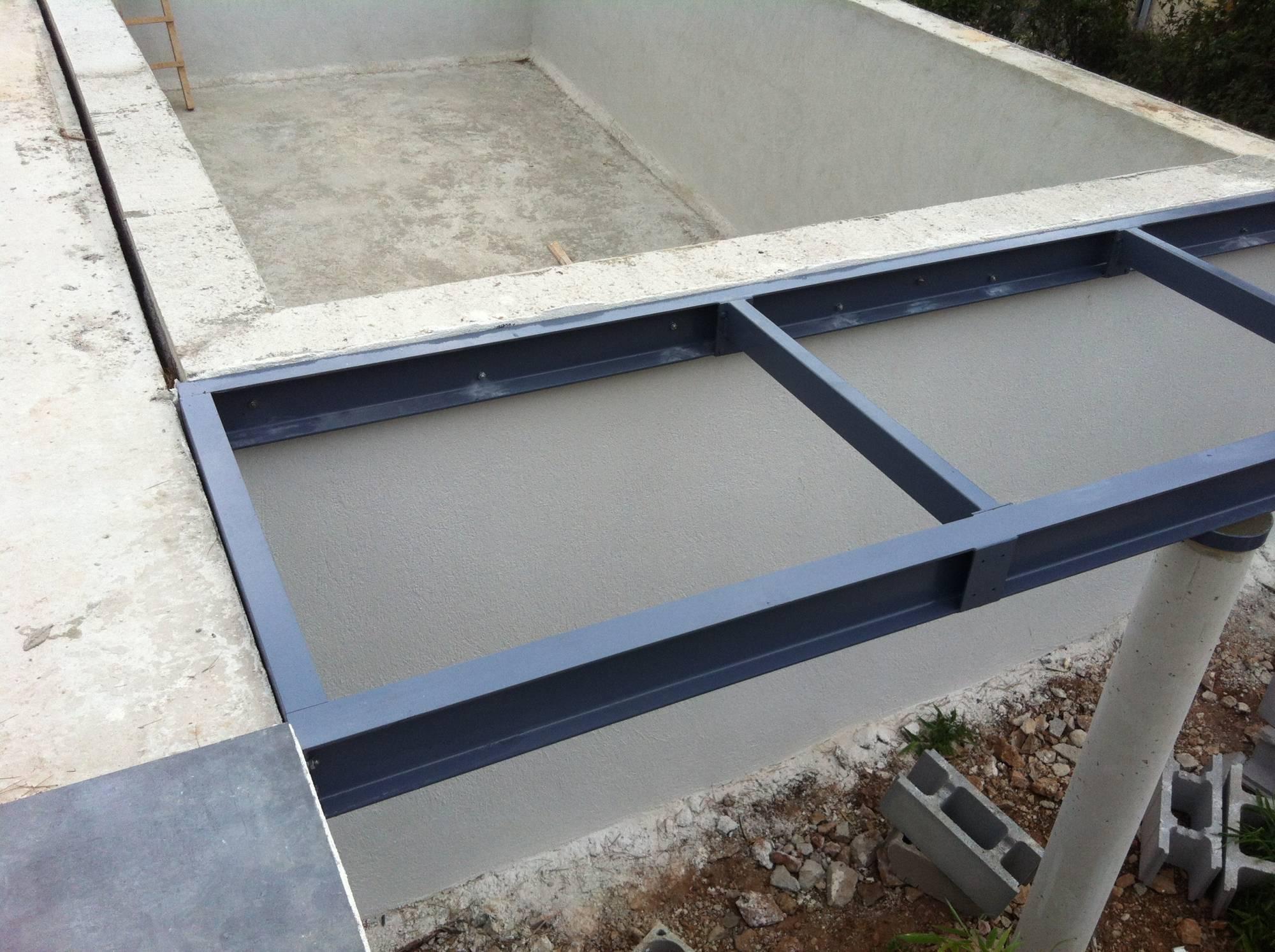 structure acier pour support terrasse ferronnerie hy res. Black Bedroom Furniture Sets. Home Design Ideas