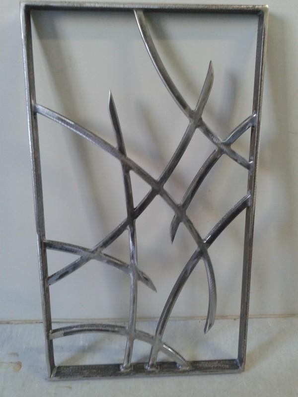 achat de grille en fer forg sur hy res dans le var la ferronhyeres. Black Bedroom Furniture Sets. Home Design Ideas