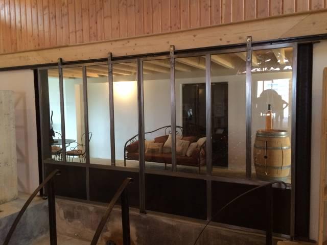 porte coulissante style industriel ferronnerie hy res. Black Bedroom Furniture Sets. Home Design Ideas